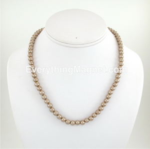 necklace pearl